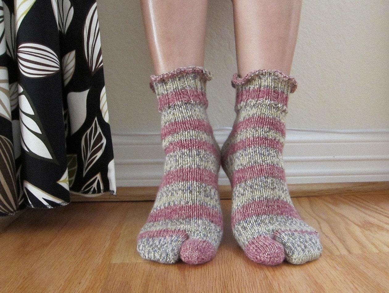 Split toe socks tabi socks hand knitted women size by KnitADream