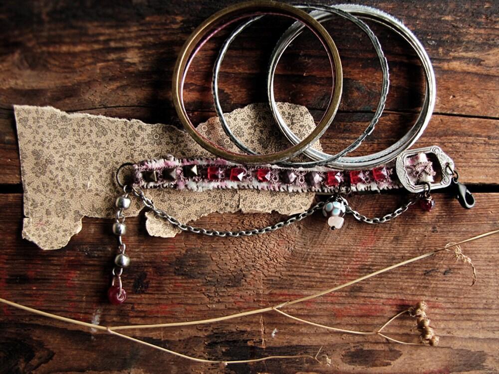 firelight - slim vintge textile cuff - vintage bangles - stacked bracelet set