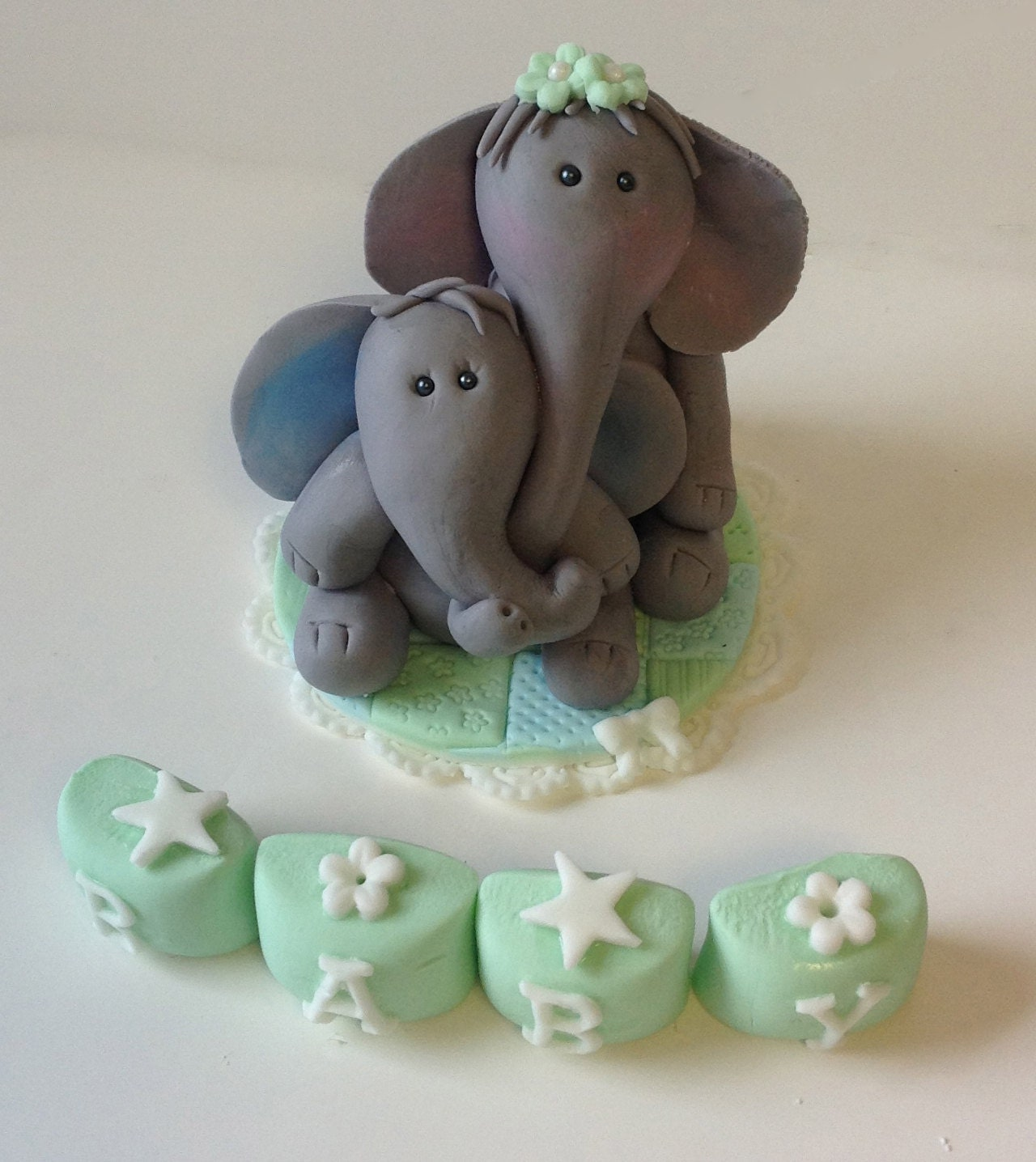 Edible Elephant Cake Decorations : Items similar to ELEPHANT FONDANT CAKE Topper and letter ...