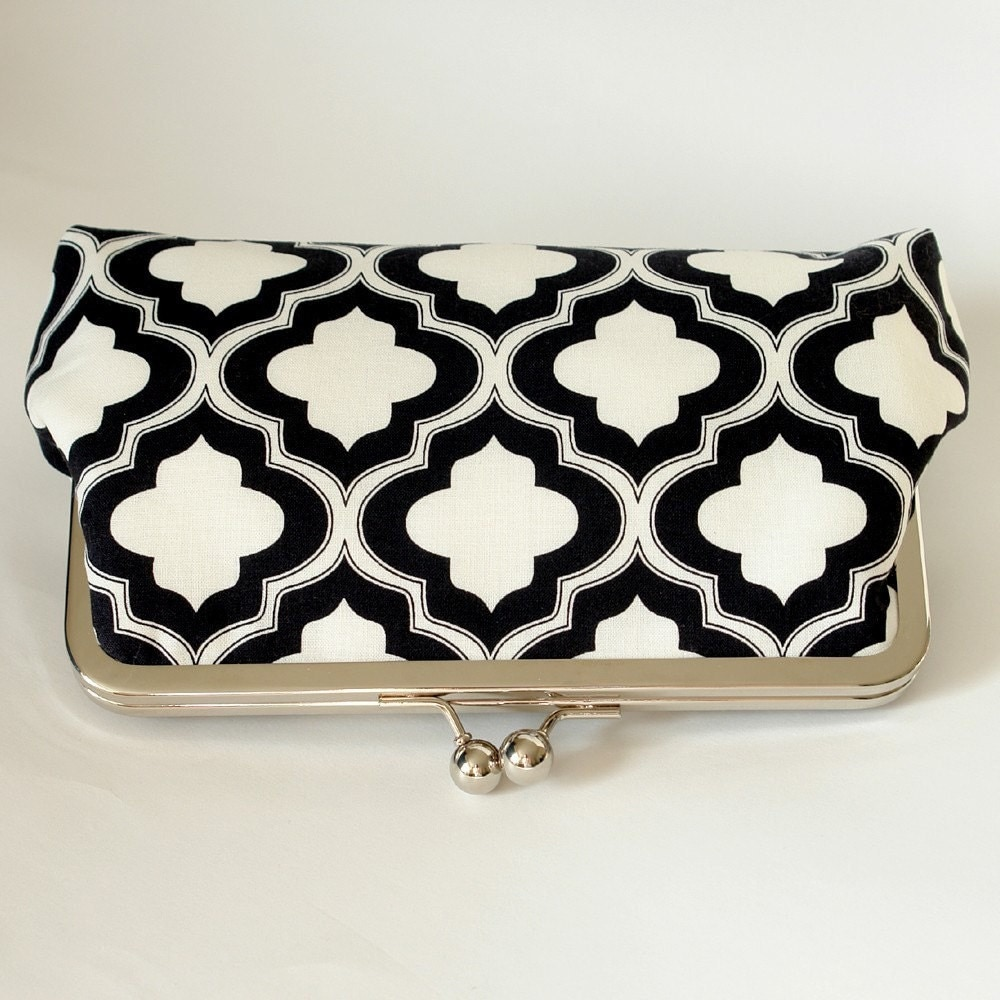 Silk Lined Clutch Frame Kisslock Purse in a Black and White Lattice Print