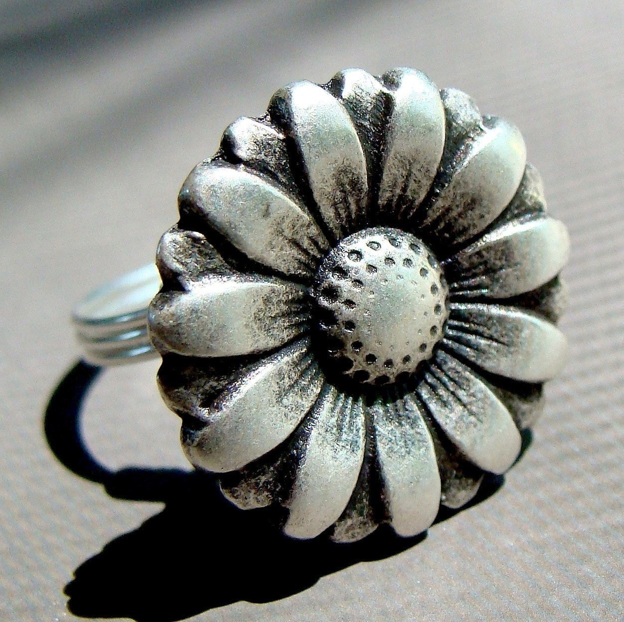 Big Flower Button Ring in Sterling Silver