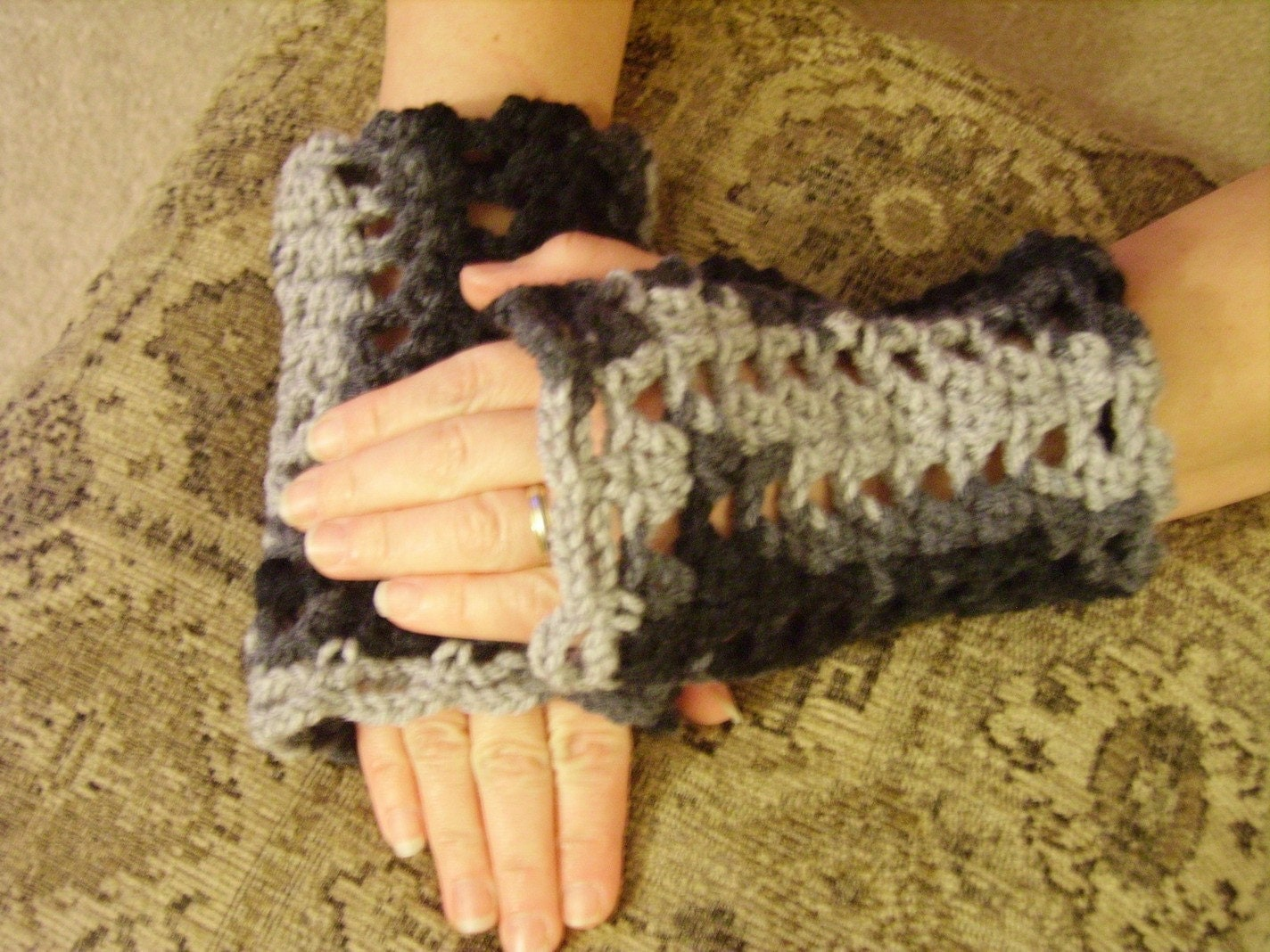 Crochet Fingerless Black and Gray Mittens