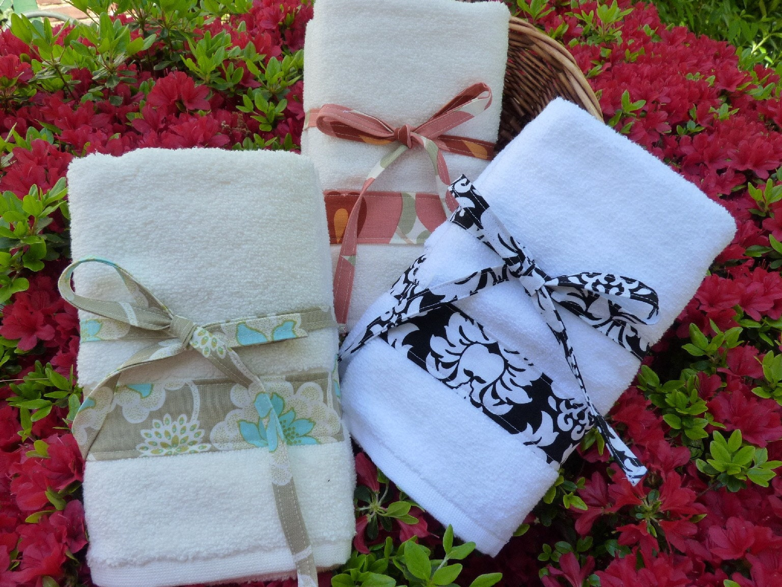 Custom Trimmed Hand Towel Set