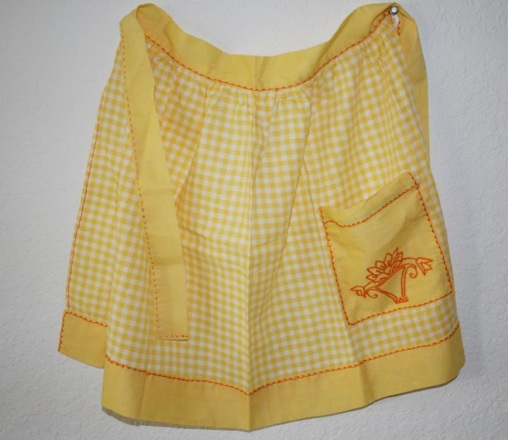 Vintage Apron Yellow white Gingham
