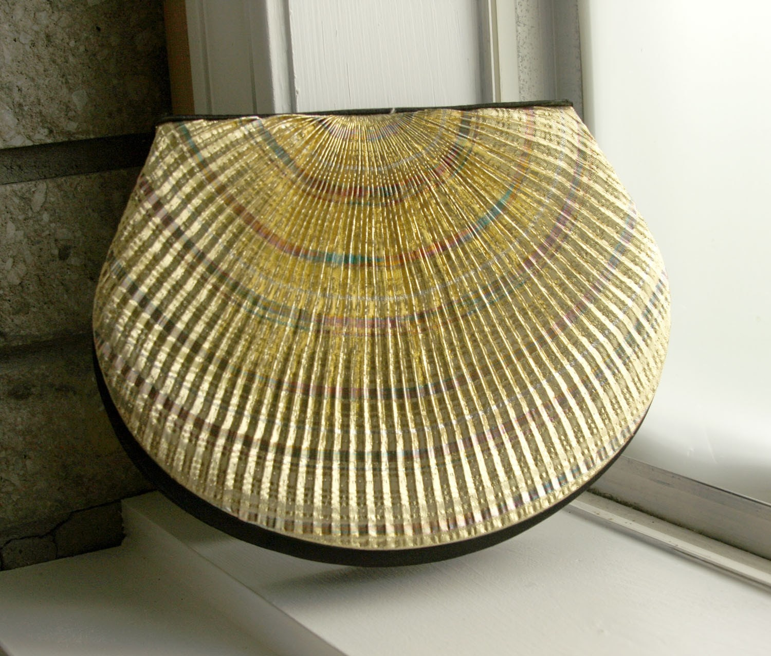 Vintage gold shell purse clutch