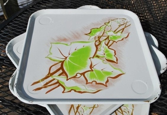 4 Square Retro Serving Trays Vintage