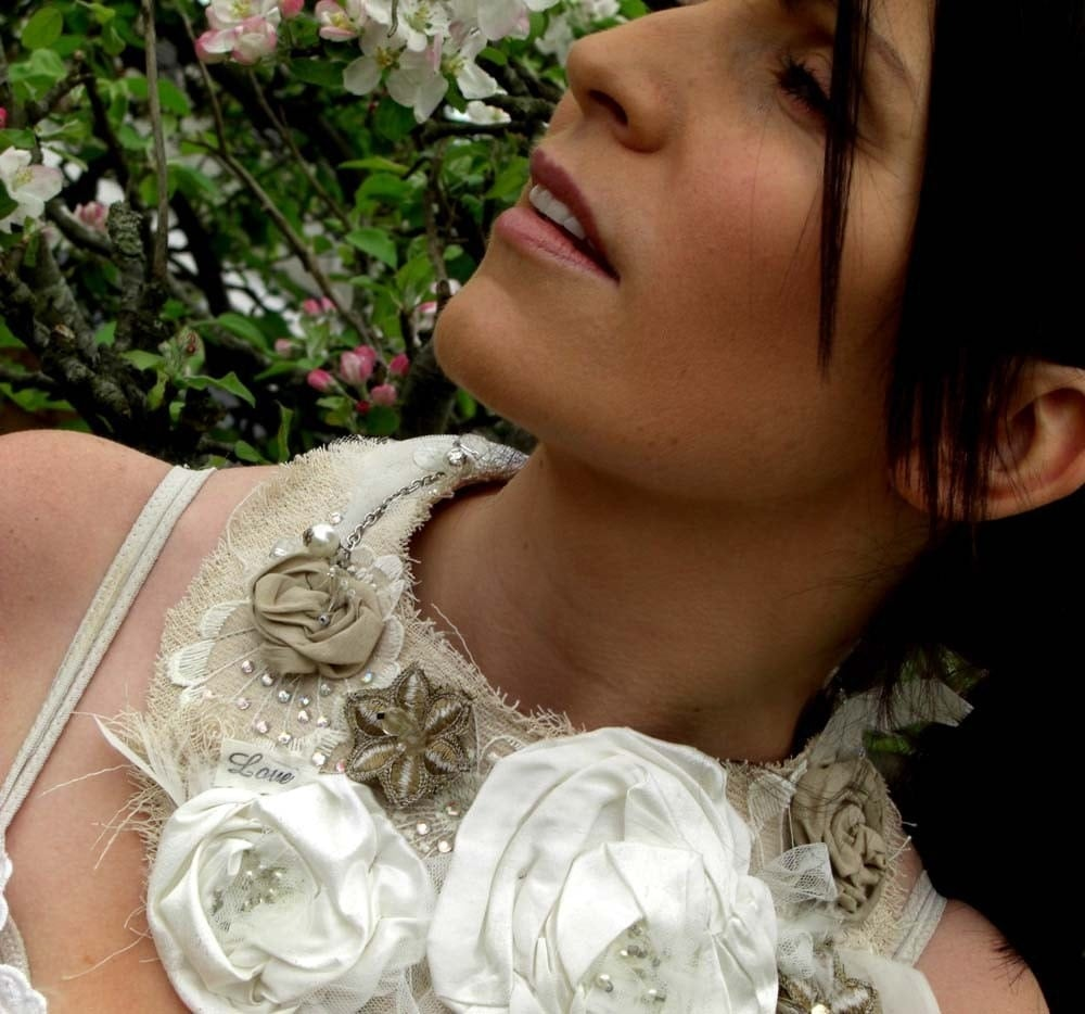 DESIGN YOUR OWN Couture Neck Adornment