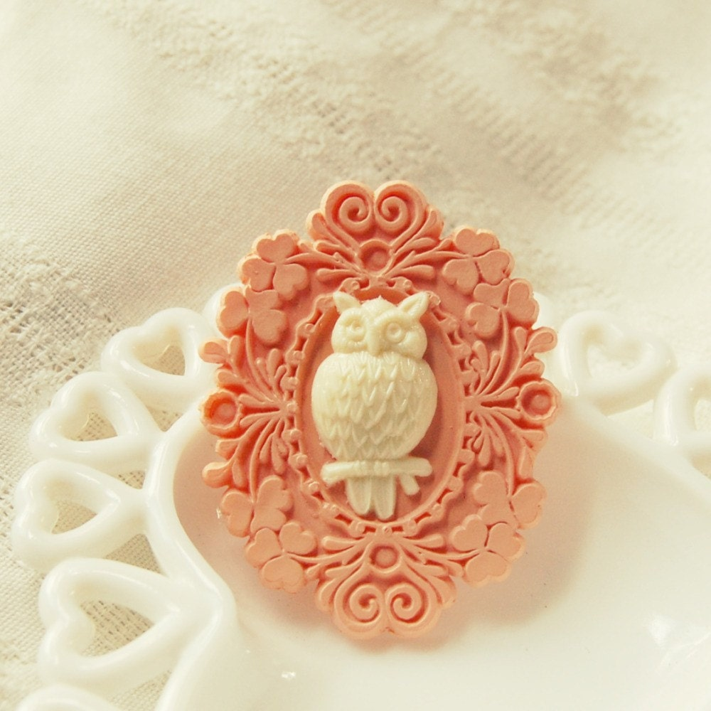 Peach and Ivory Framed Owl Brooch
