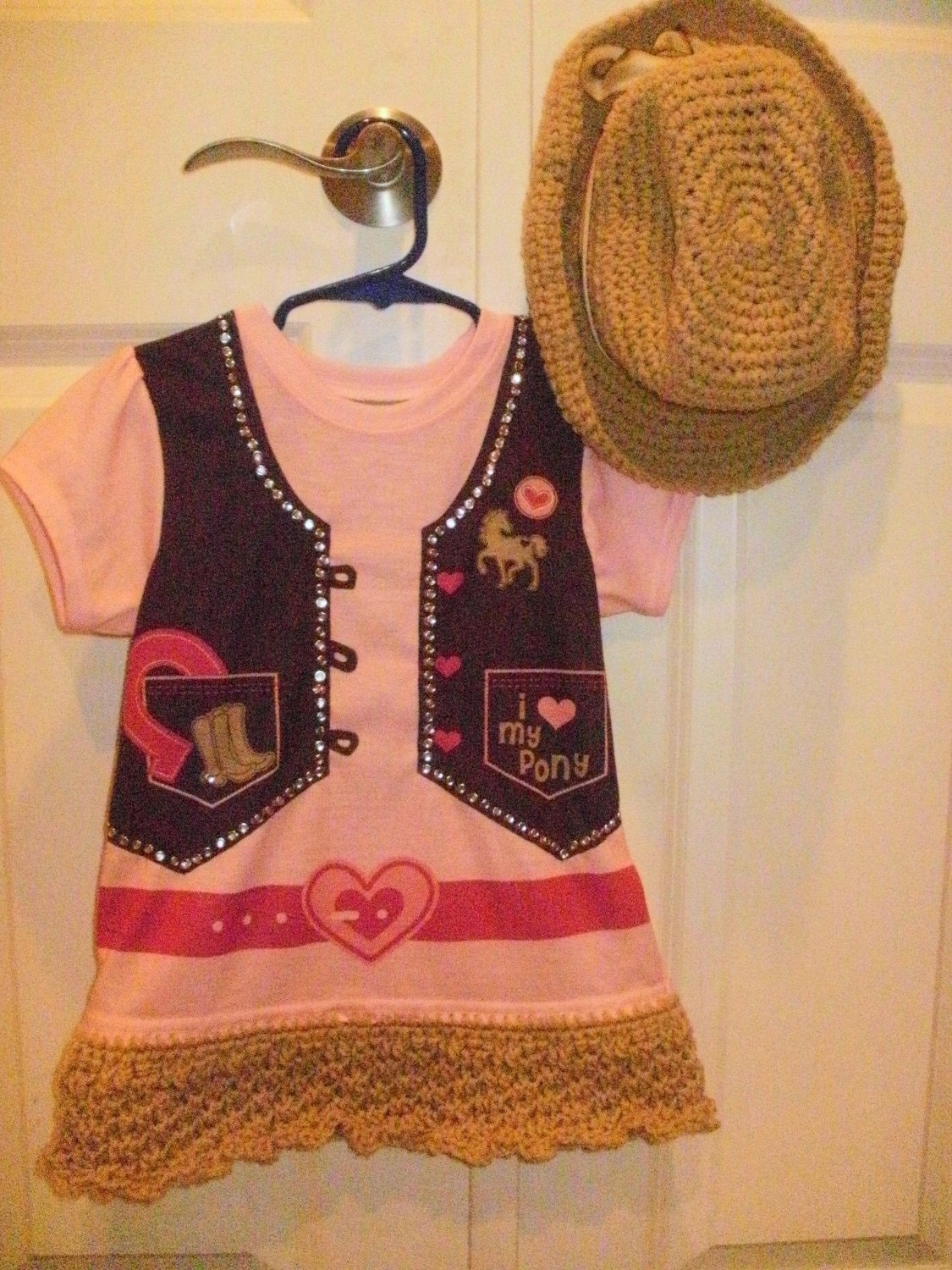 Giddiup Cowgirl Dress and Matching Cowgirl Hat size 4T