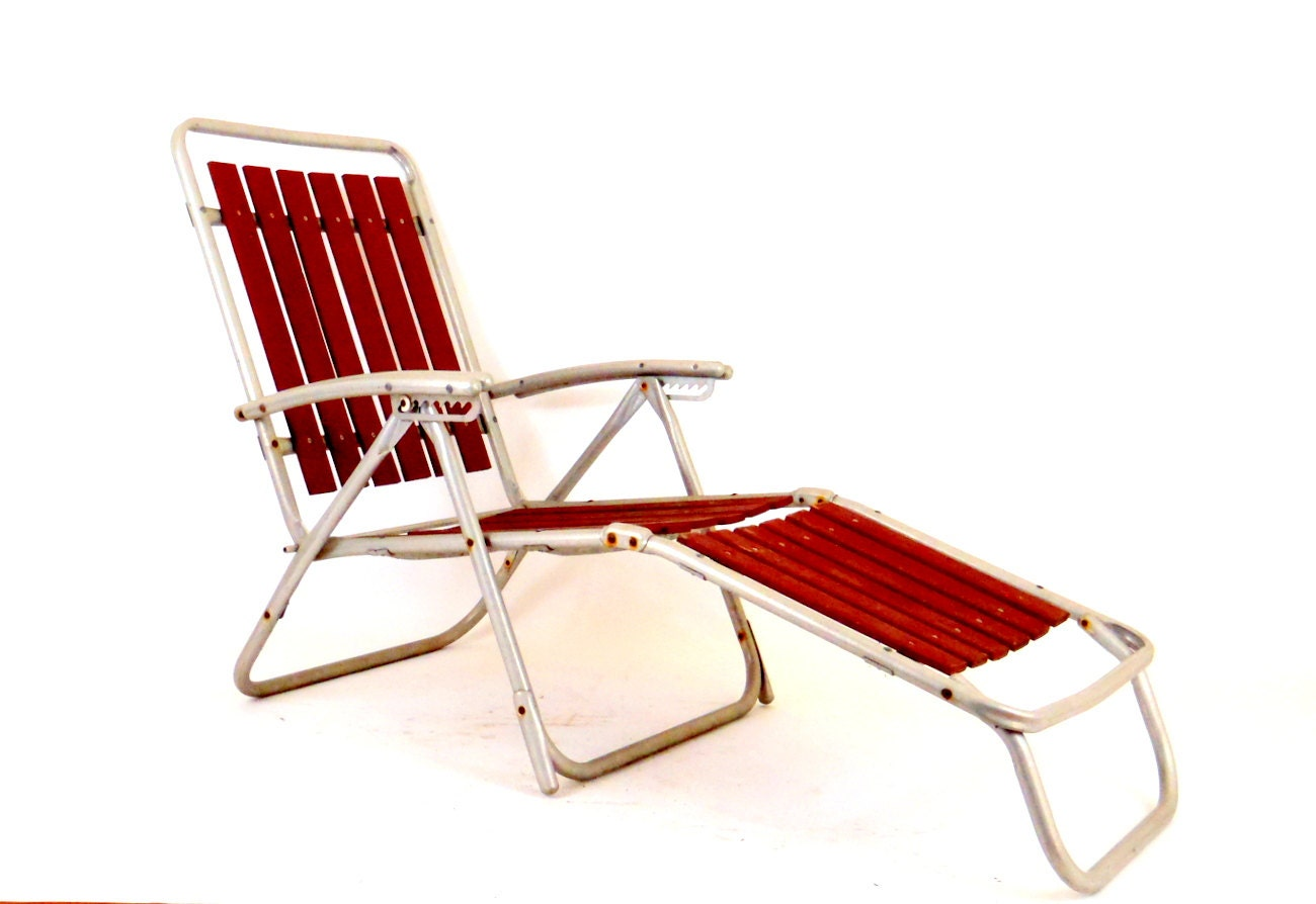 Wooden Lawn Chair Aluminum Chaise Lounge Lawn Chair by HonestJunk