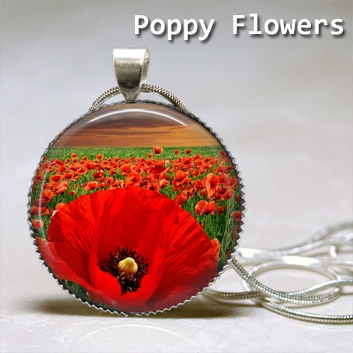 Poppy Flowers Round Glass Tile Dome Cabochon Pendant Necklace