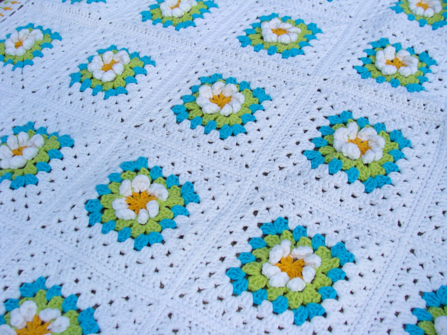 Crochet Flowers Baby Blanket Granny Square White Yellow Green Turquoise Blue Spring Summer Home Decor by dodofit on Etsy - hopeblankets