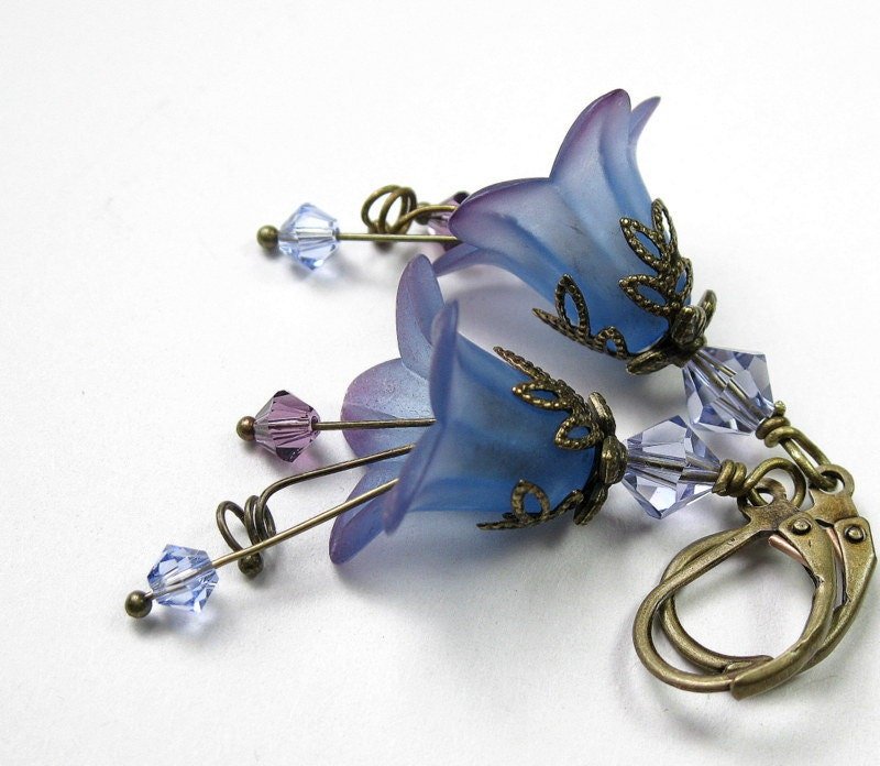 Blueberry, Lilac, Vintage Style, Lucite Flower Earrings