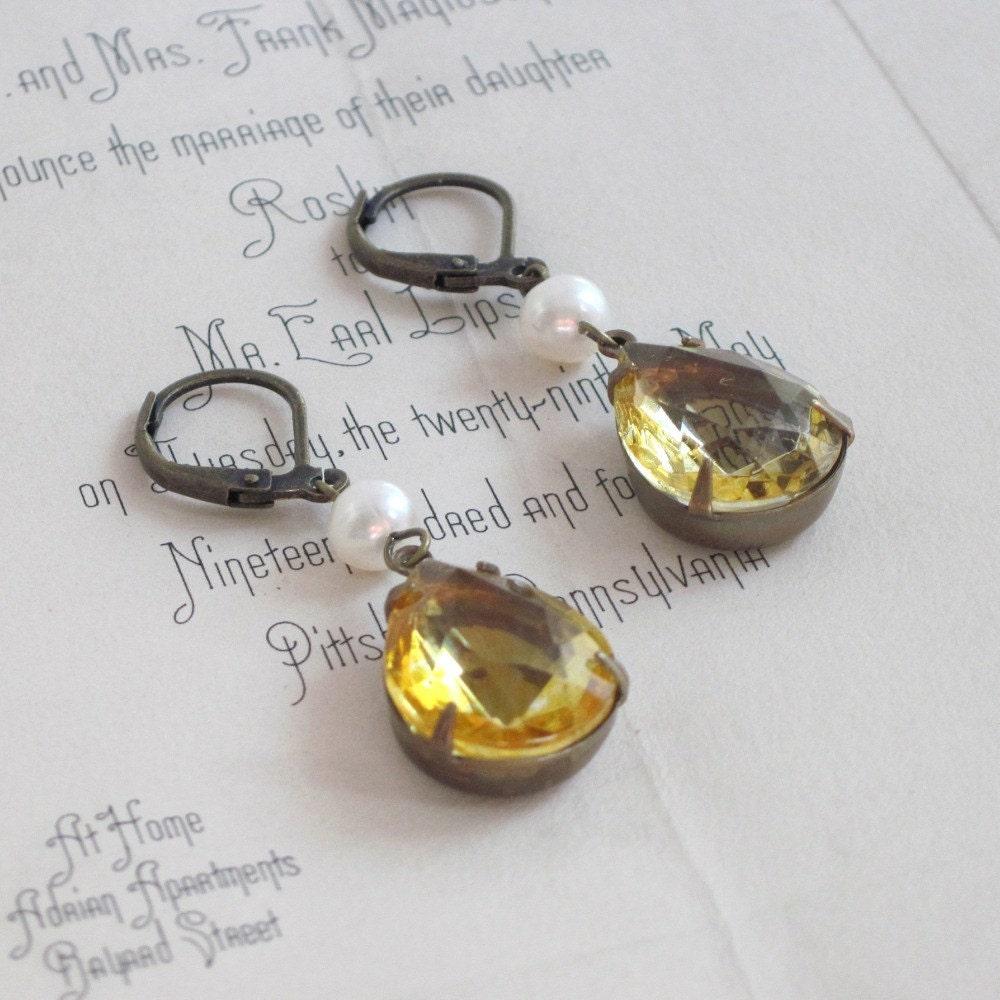 Earrings. Estate, Vintage Jewels, Glass, Topaz, Golden, Freshwater Pearls. When in France