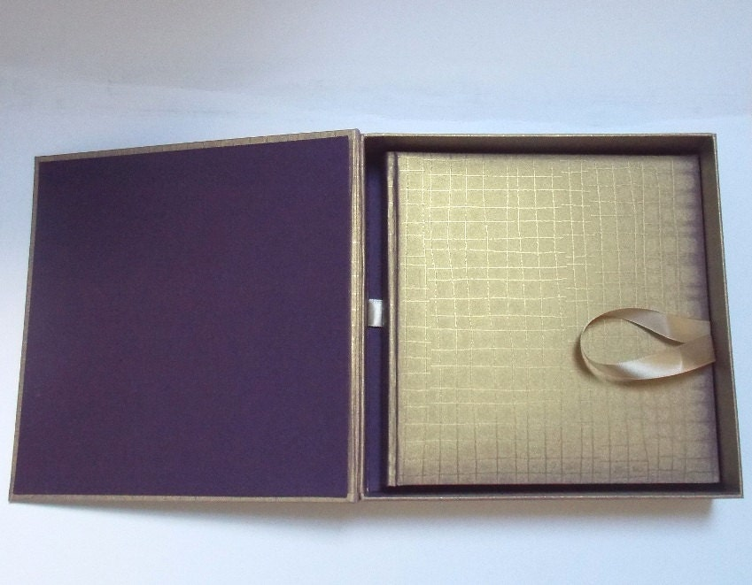 Elegant gold and violet Christmas present or Wedding set - photo album and a box - TomazBindery