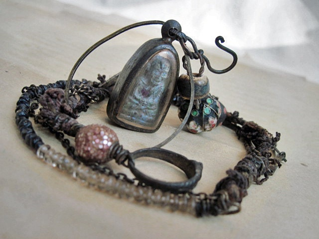 Let Go My Soul. Buddhist Reliquary.