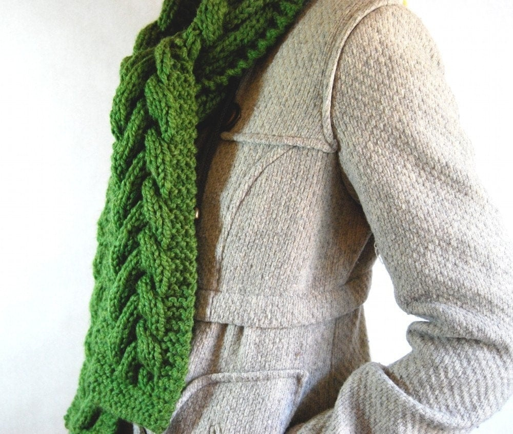 Warm Cable Scarf - Grass Green