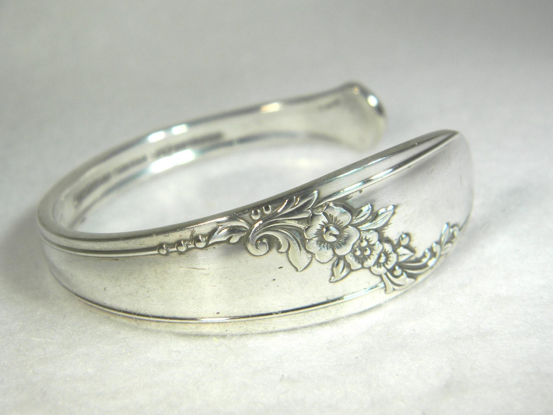 Silver Spoon Bracelet CUFF - 1946 QUEEN BESS - Vintage Silverware Jewelry