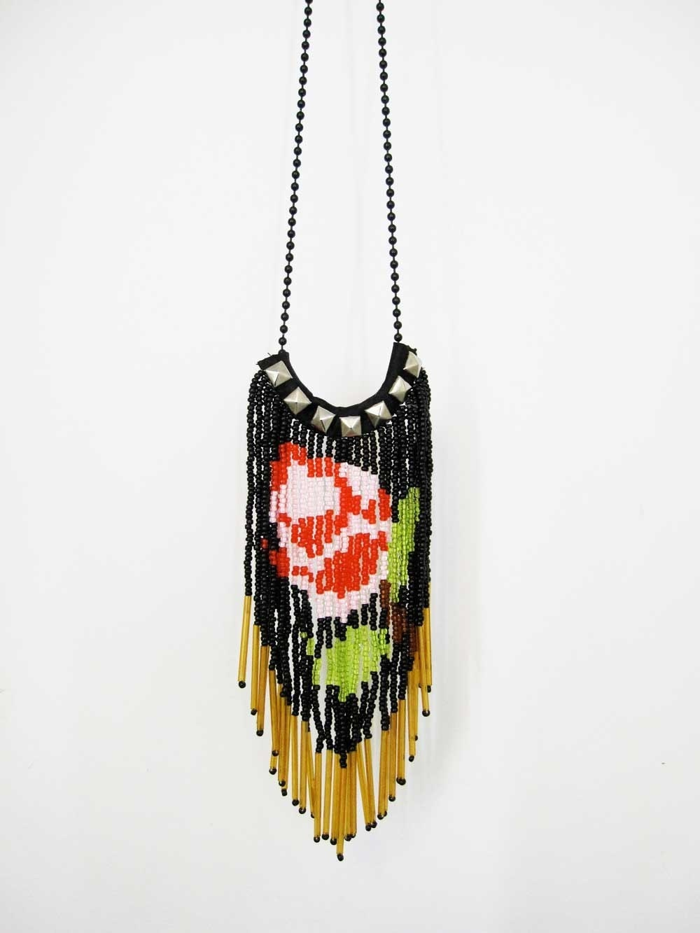 English rose glass fringe necklace