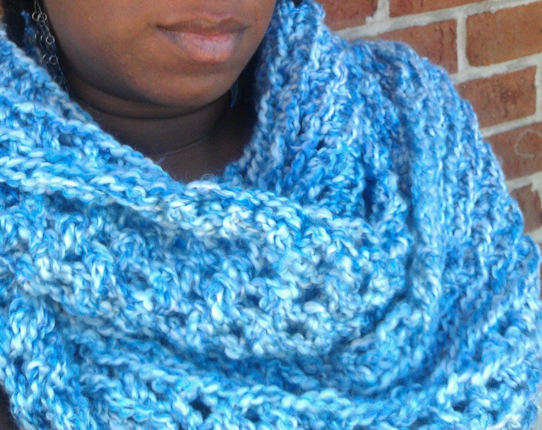 Big Chunky Blue / White Crochet Cowl, Circle Scarf, Infinity Scarf