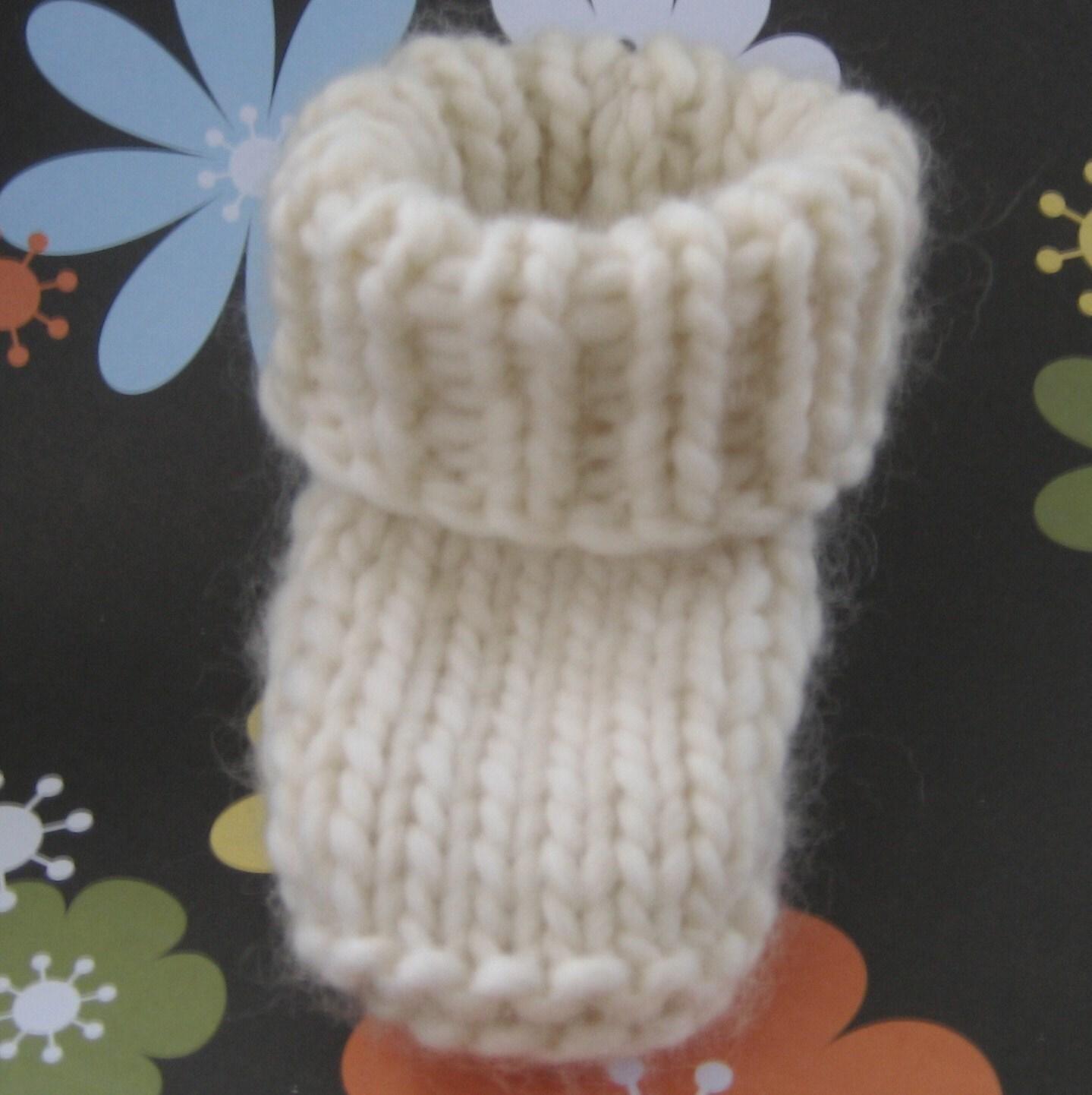 Very Easy Crochet Patterns Baby Booties : PATTERN SUPER EASY BEGINNER BABY BOOTIE SKIDOO by ...
