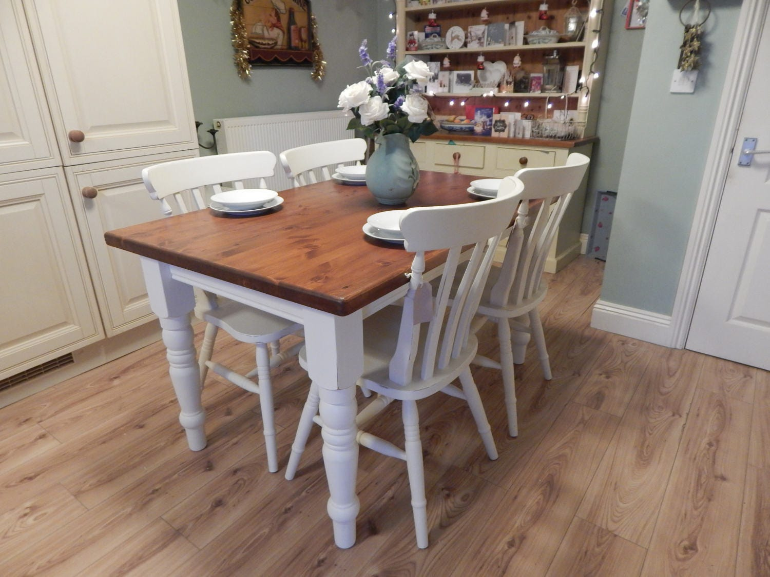Gorgeous Vintage shabby chic solid Pine table  4 chairs