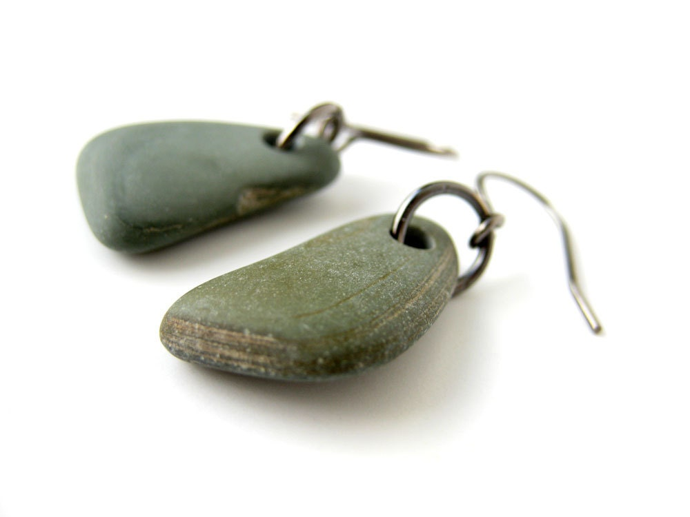 Natural jewelry - beach stone earrings - Green and Gunmetal Pebble Earrings - 488