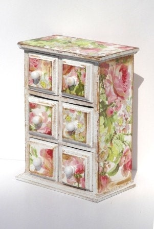 Floral six drawer chest