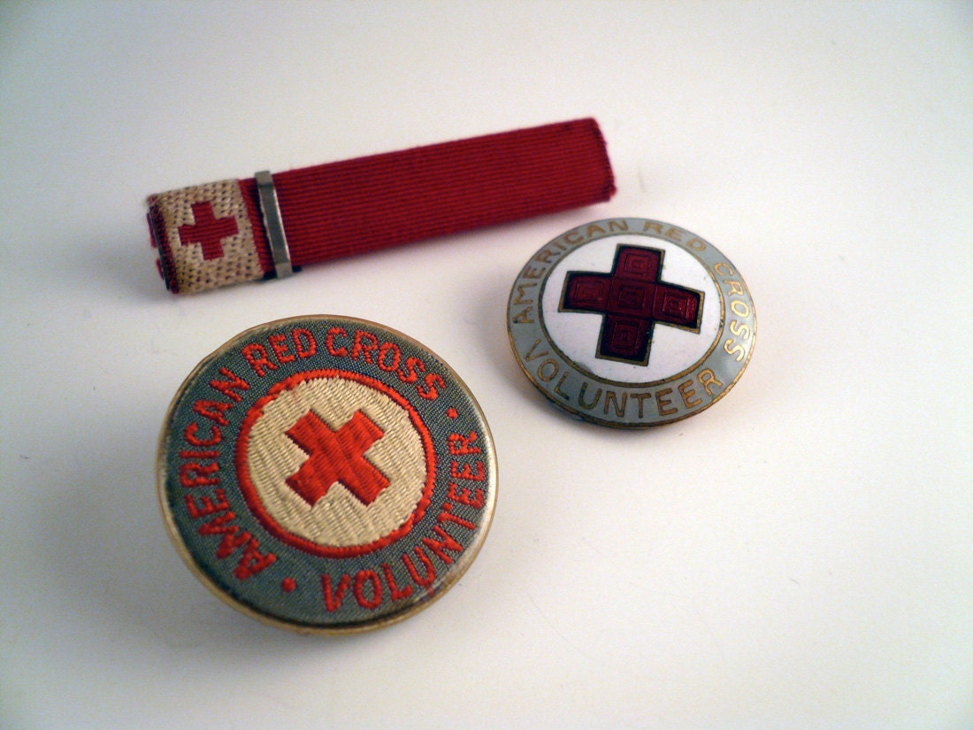 Antique  WWI American Red Cross Volunteer Badges - yearroundyardsale