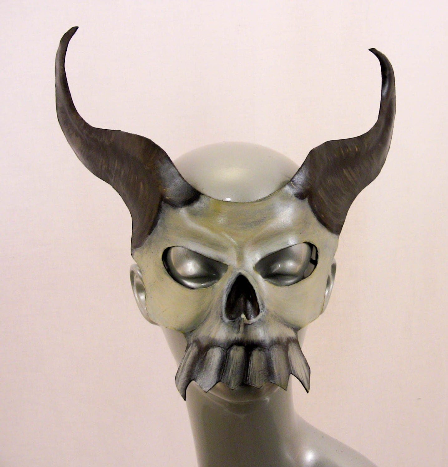 Skull with Horns Leath...