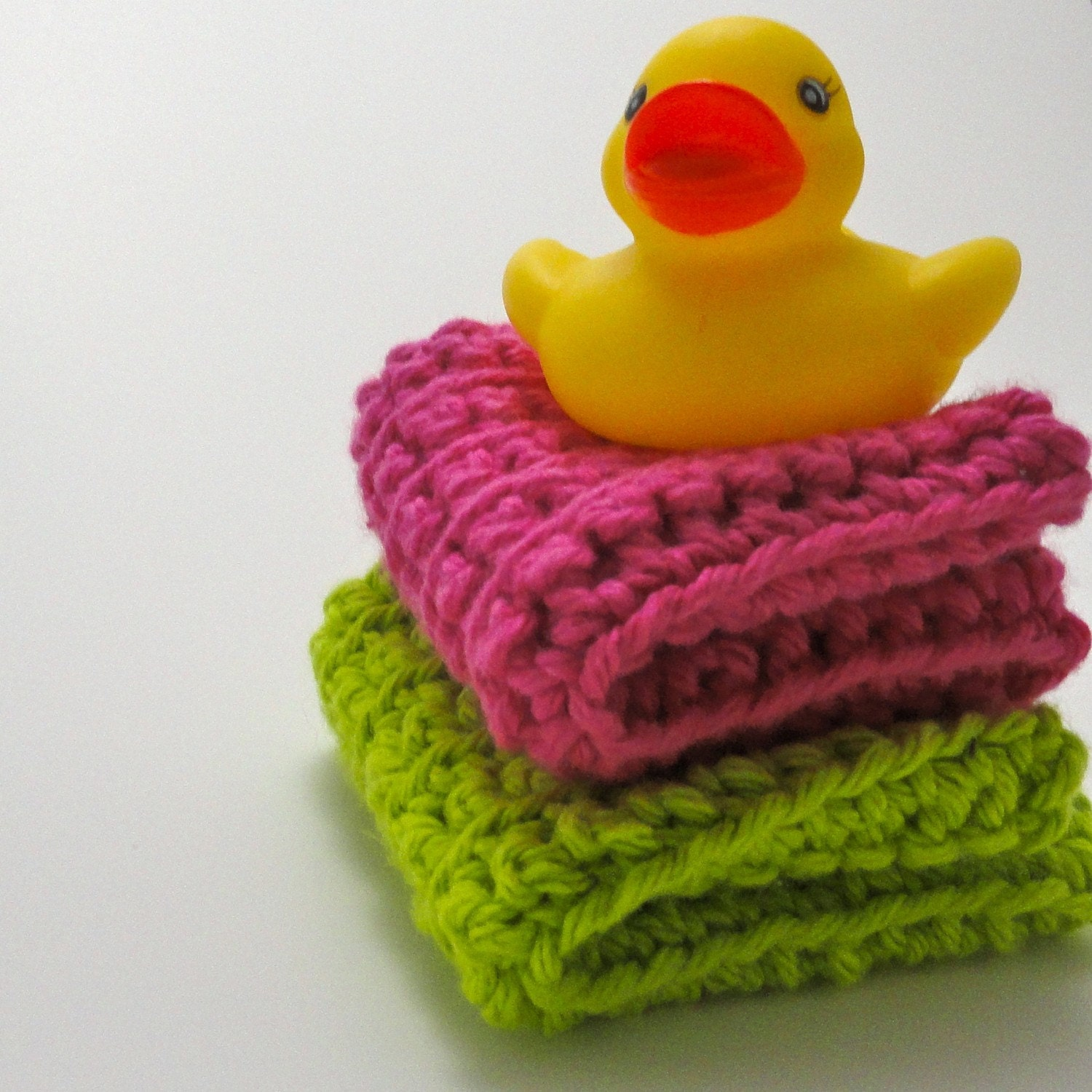 Bright Soft Fun Pink Green 100% Cotton Washcloth Set (2)