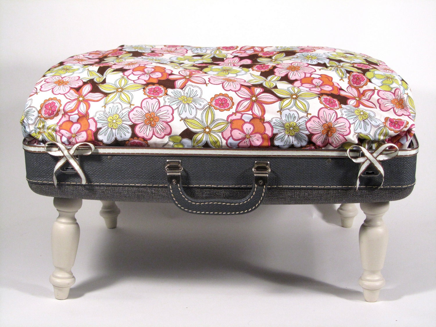 Pet Bed Vintage UpCycled / Reclaimed Suitcase
