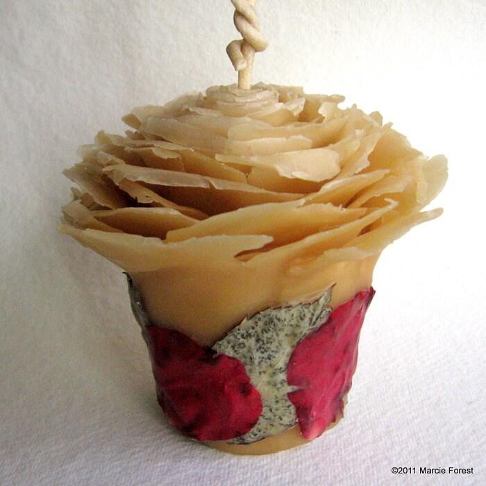 Роза Свеча и сужается Set - Подарки, Home Decor, праздники, свадьбы - Чистый пчелиный воск, Розы - Уникальные свечи от Марси Лесная