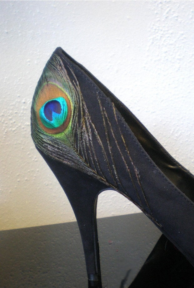 PEACOCK FEATHER pumps PEEP Toe never worn 6 7