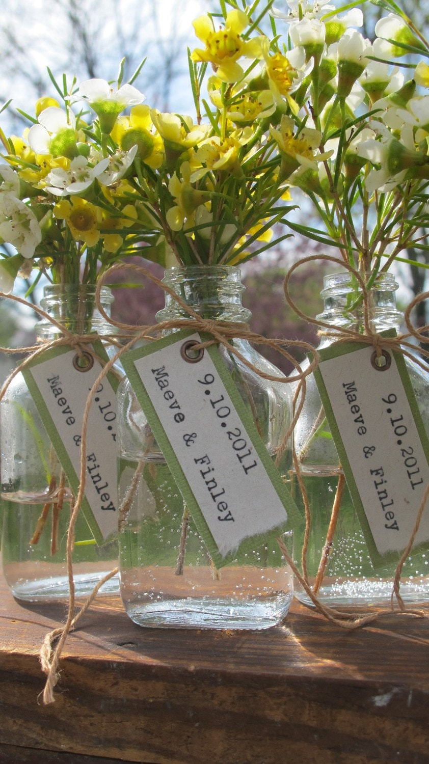 Unique Wedding Favor - Bride & Groom Names w/ Wedding Date