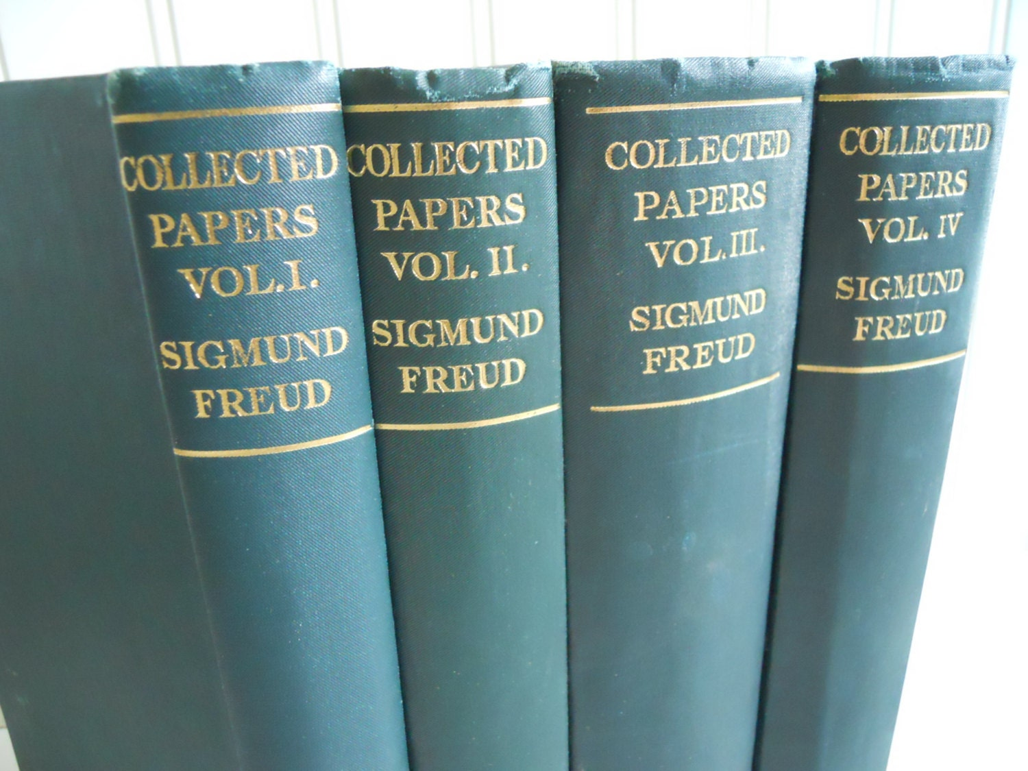 sigmund freud psychoanalysis research paper Provides essays and papers on sigmund freud and psychoanalysis.