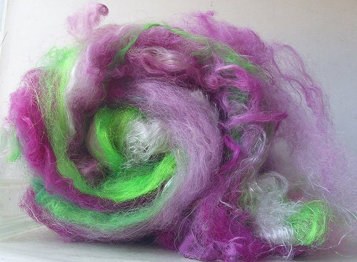 Meadowbrite Batty Babe BattHand Dyed Hand Washed Wool Spinning Felting Doll Hair Locks Art Batt