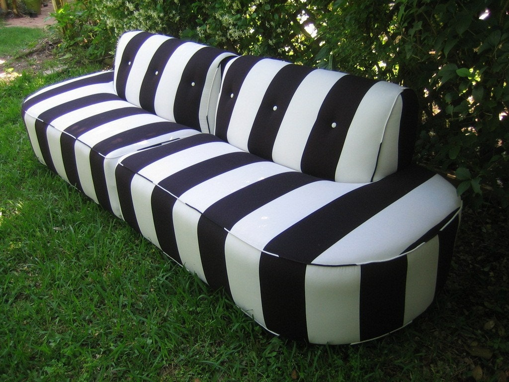 Vintage Black  and White Sofa