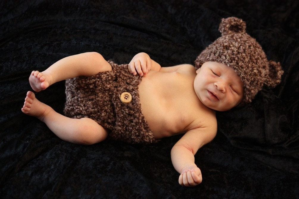 Fuzzy Wuzzy Bear Hat and Diaper Cover Set (Pick your size)