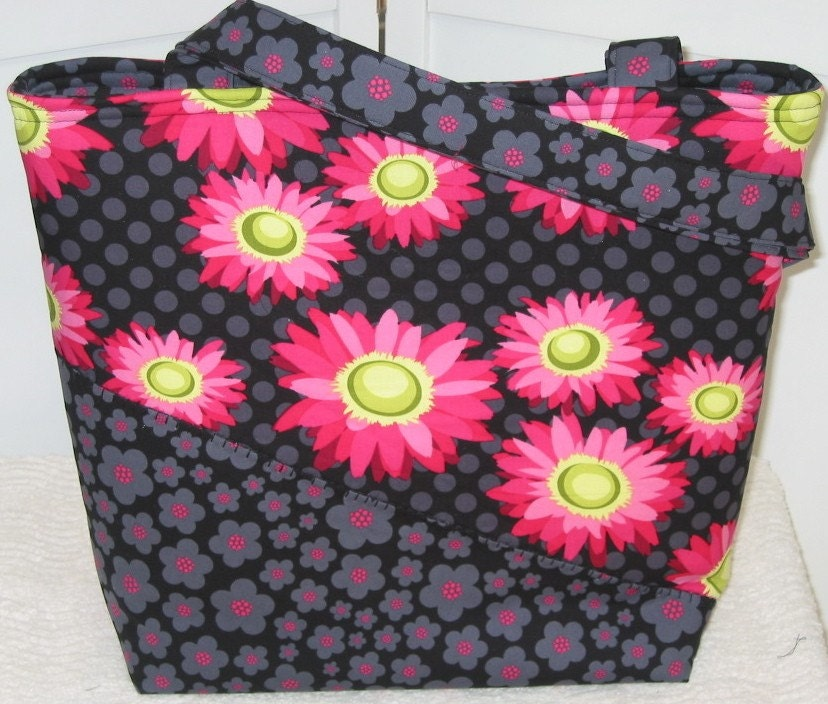Hot Pink Daisy Dots Large Tote / Diaper Bag with Zippered Pockets / Ready to Ship