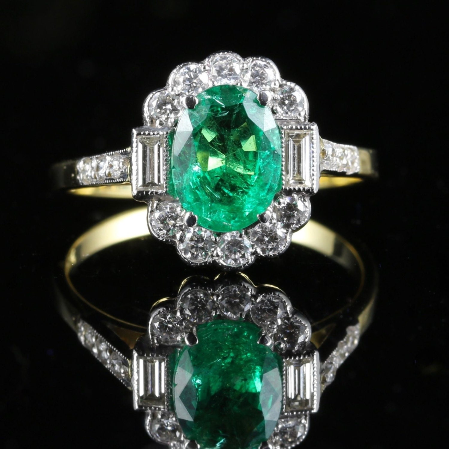 Antique Emerald  Diamond Ring 2.50ct Emerald  1ct Diamond 18ct Gold