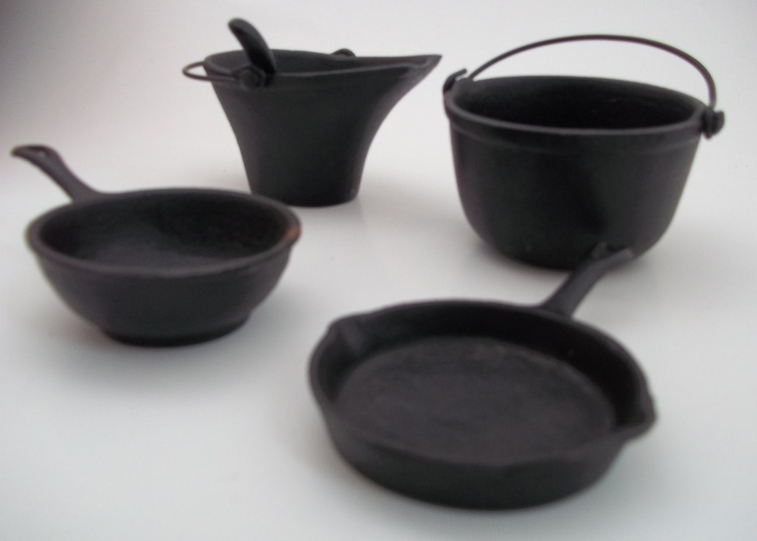 vintage greycraft cast iron pots and by bestfavoritethings