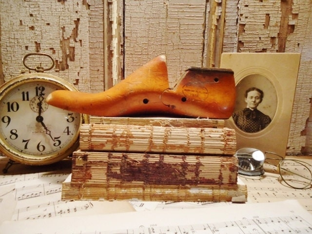 Vintage Wooden Shoe Last - Shoe Form - St. Louis, MO