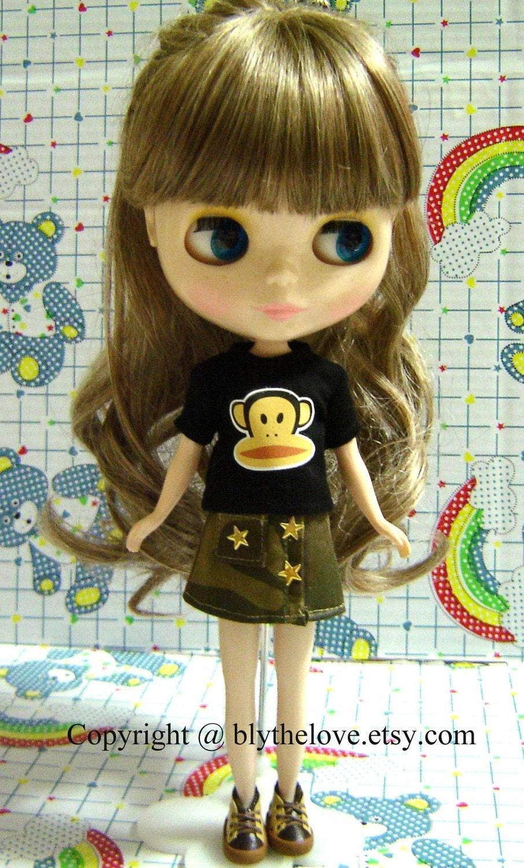 BLYTHE Shirt --- Black Monkey T-shirt for Blythe Doll. From blythelove