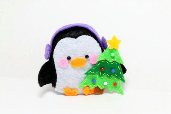 Patterns: Felt Penguin Christmas Ornament by typingwithtea on Etsy