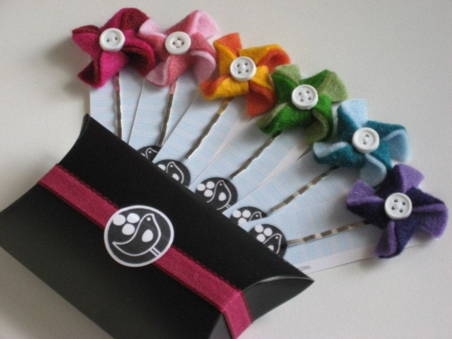 Sweet Pinwheel Bobby pins --Your choice of color