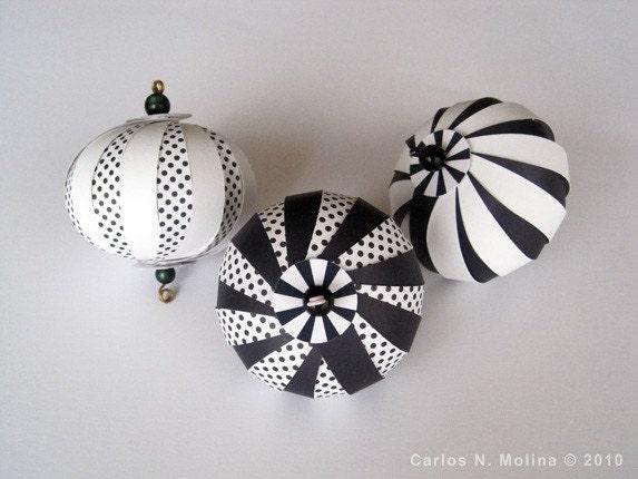 Paper Ornament Kit - Black/White
