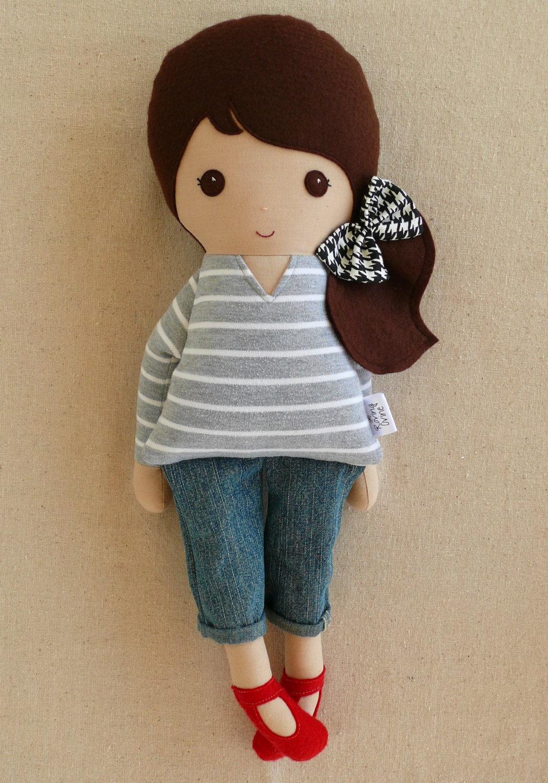 Простая кукла из ткани своими руками