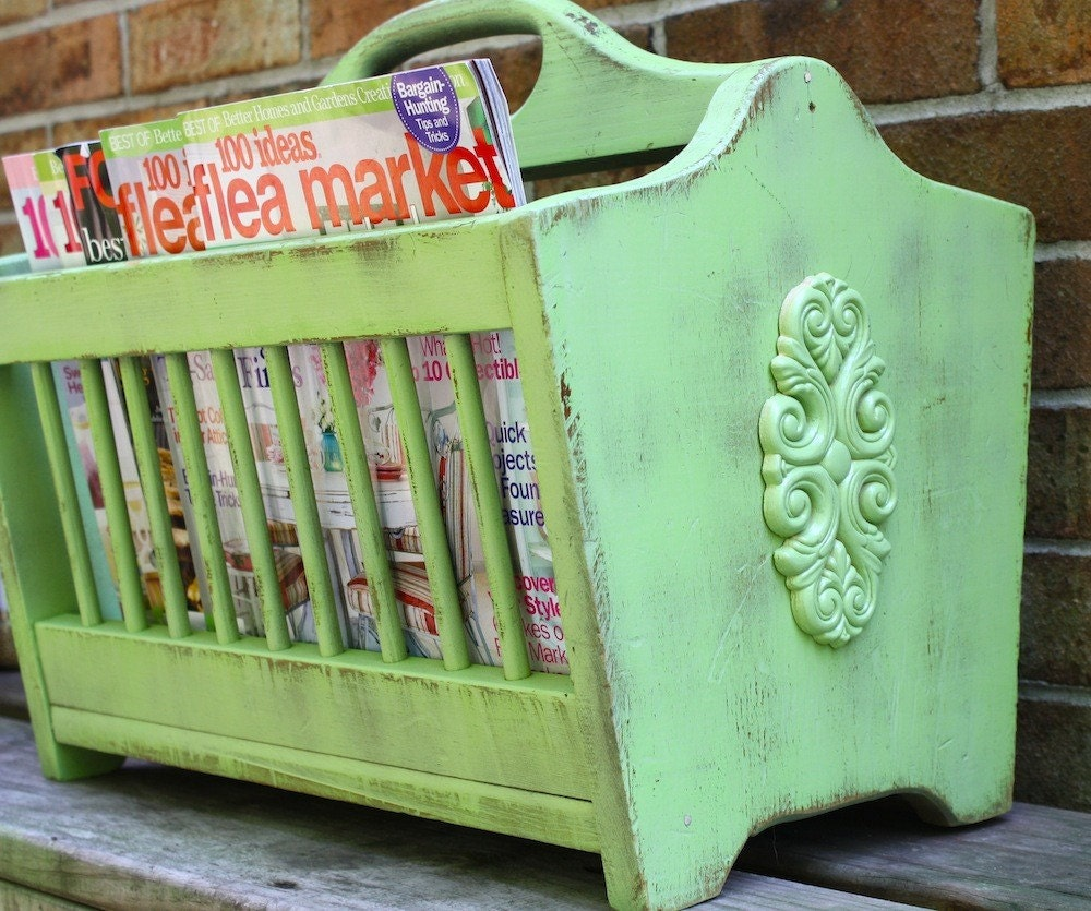 Crisp Weathered Apple Green Vintage Magazine Rack