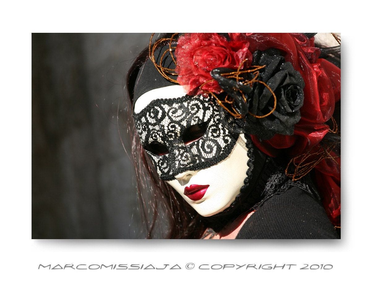 Original Venetian Black and Red Woman Mask - Signed Photo - Venice Carnival